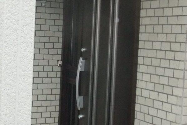 一日リフォーム(玄関ドア入れ替え工事)